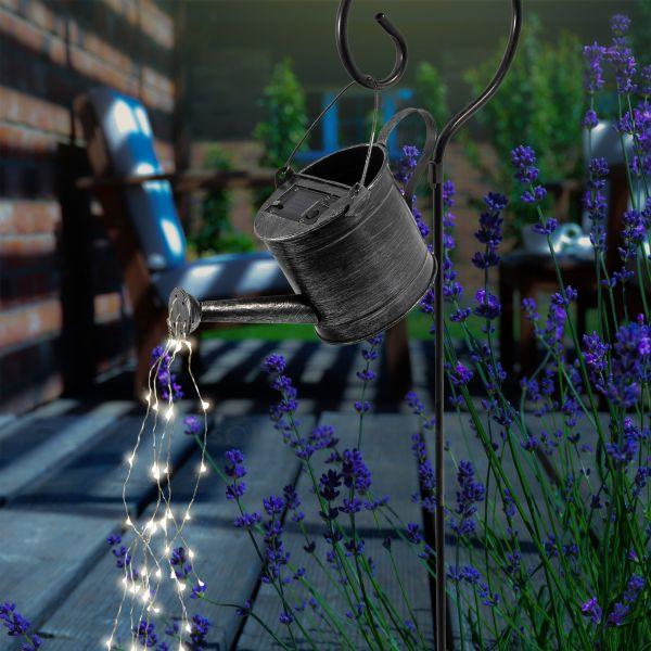 Solar Deko Gießkanne mit Lichterbündel