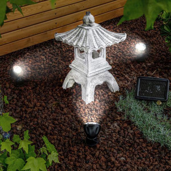 Beleuchtete Solar Gartenpagode Ping in kaltweiß