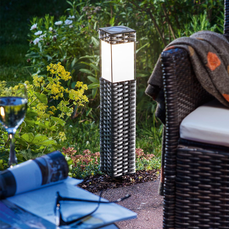 solar standleuchte rattan. Black Bedroom Furniture Sets. Home Design Ideas