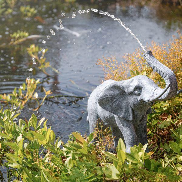 Solarbetriebener Wasserspeier Elefant Lamia