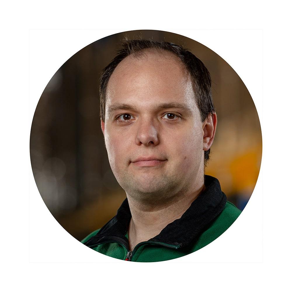 Sebastian Schreiner - esotec GmbH