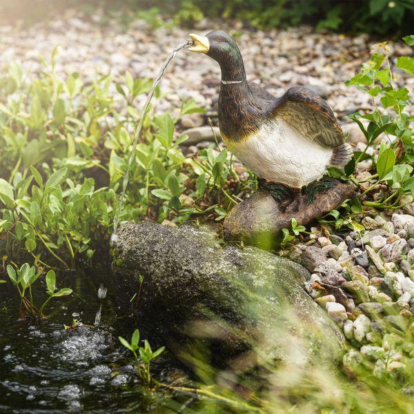 Solarbetriebener Wasserspeier Lucky Duck